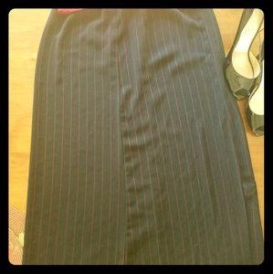Maxi skirt with leg slit